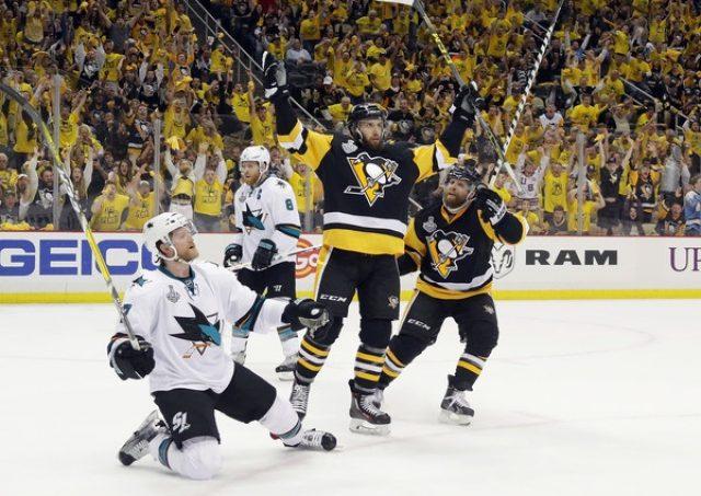 Ice Hockey 64801