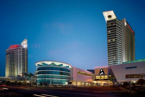 Ottawa Casino Hotel 9896